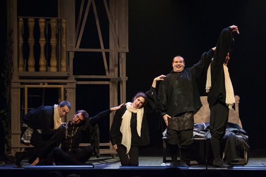 theatre-ruy-blas-lesmoutonsnoirs-02.jpg