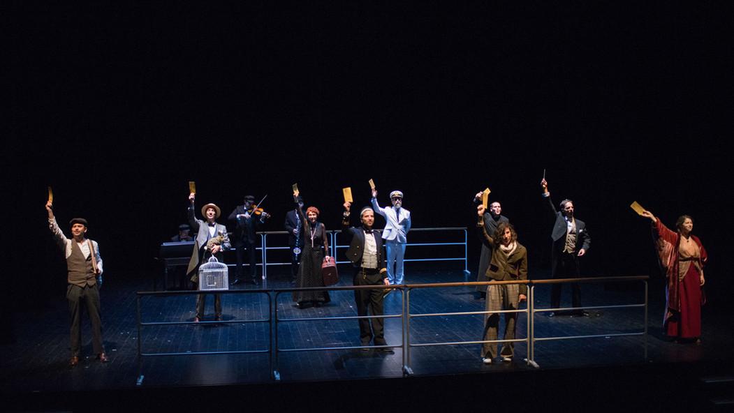 theatre-titanic-lesmoutonsnoirs-04.jpg