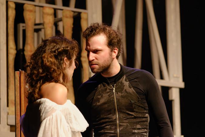 theatre-ruy-blas-lesmoutonsnoirs-01.jpg