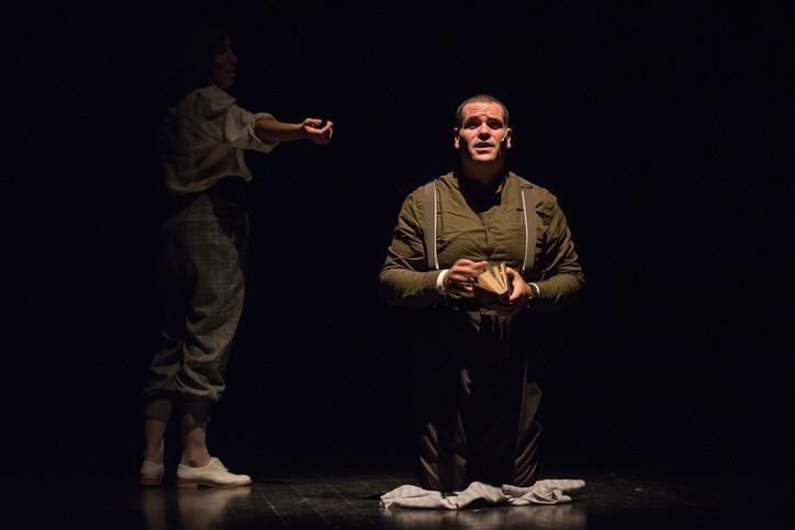 theatre-titanic-lesmoutonsnoirs-18.jpg