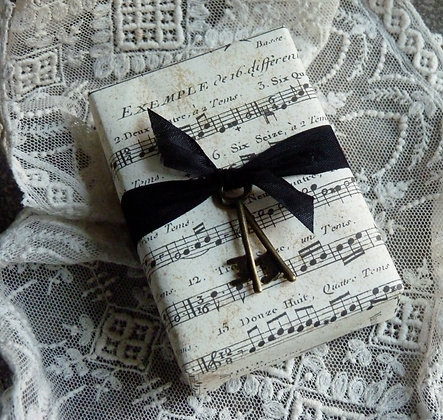 Glycerin Soap with Vintage music