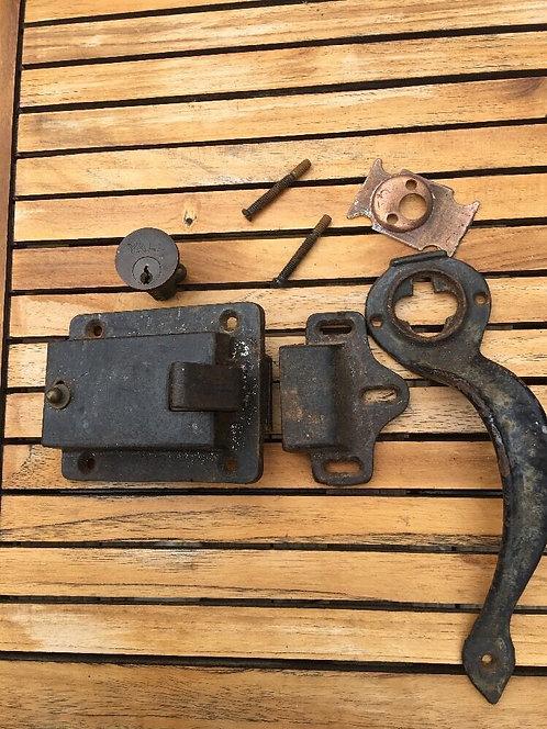 ANTIQUE CAST IRON GARAGE DOORS SLAM LOCK HANDLE PERIOD RECLAIMED 1920s RARE DECO