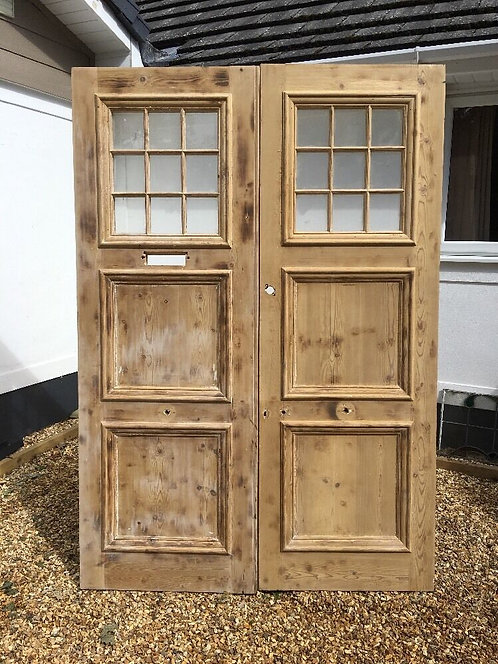V LARGE VICTORIAN EDWARDIAN FRONT DOORS SET RECLAIMED ANTIQUE PERIOD OLD WOOD.