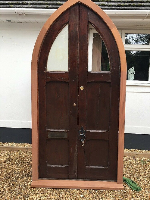 LARGE TUDOR FRONT DOOR SET ANTIQUE PERIOD RECLAIMED OLD ARCHED NEW FRAME PINE