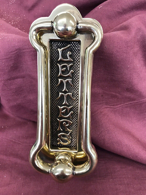 STUNNING ANTIQUE VICTORIAN DOOR KNOCKER RECLAIMED PERIOD ANTIQUE BRASS LETTERBOX