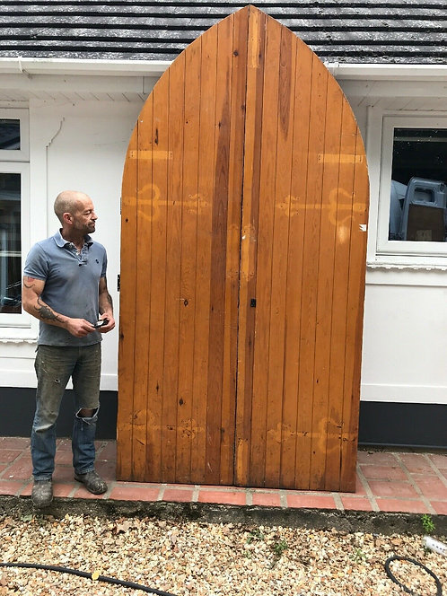 LARGE TUDOR CHURCH DOOR SET ANTIQUE PERIOD RECLAIMED OLD ARCHED NORDIC PINE WOOD