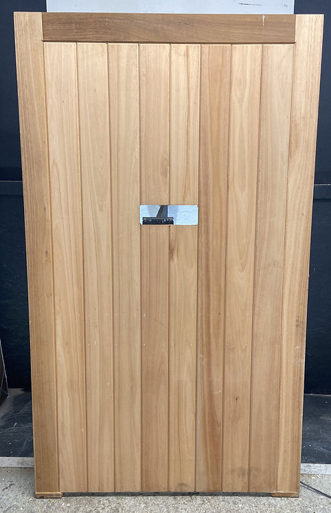 X WIDE FRONT DOOR SOLID IROKA HAND MADE HARDWOOD TIMBER WOOD LEDGE BRACED UNUSED