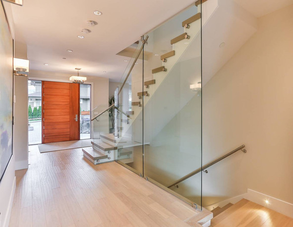 Caspio Glass Staircase Glass Railing