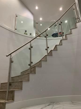 Caspio Glass Spiral Staircase