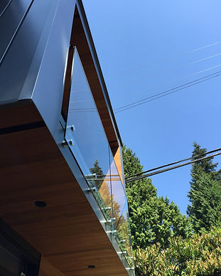 Caspio Glass Modern Frameless Glass Rail