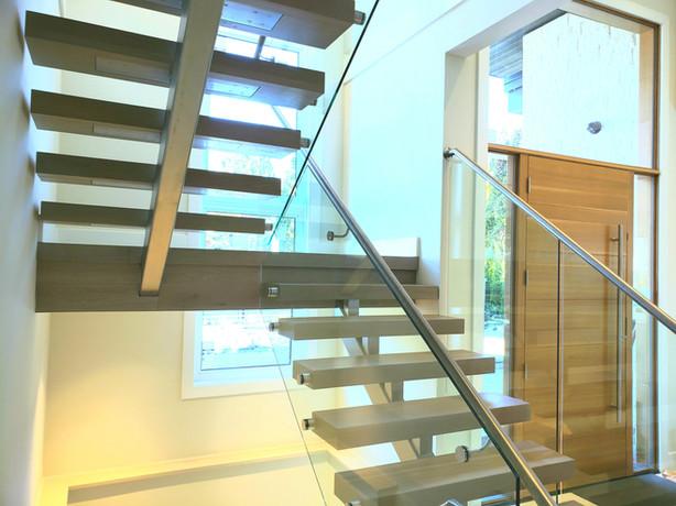 Caspio Glass Floating Stainless Steel Stringer & Glass Railing