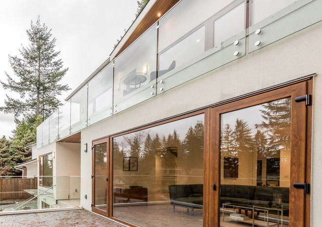 Caspio Glass Frameless Glass Railing