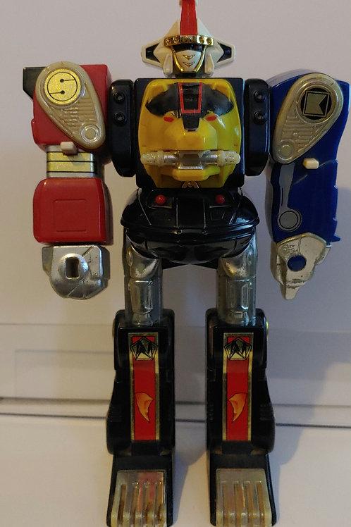 """Voltron 1995 8"""" Robot Arms Extend--Bandai"""