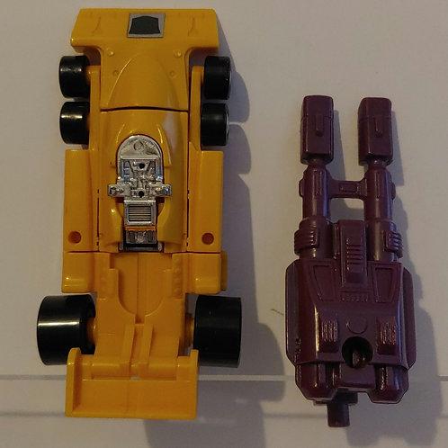 Transformers G1 Stunticon Dragstrip - missing blaster