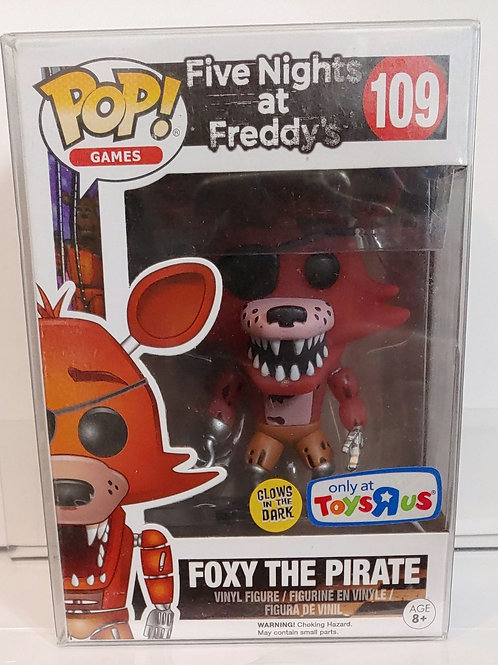 5 Nights at Freddy's Foxy the Pirate TRU exclusive