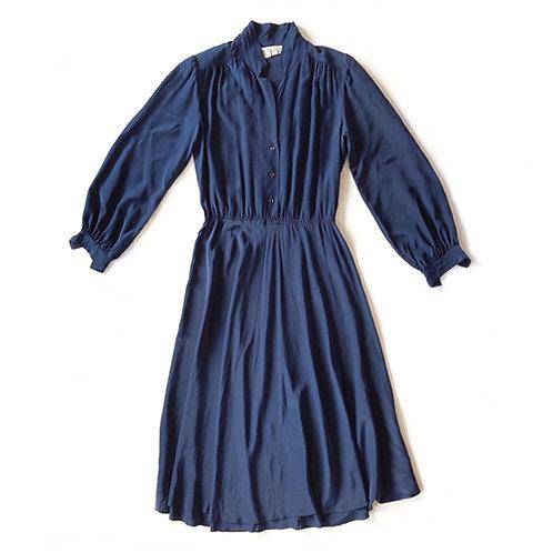 Robe en soie marine