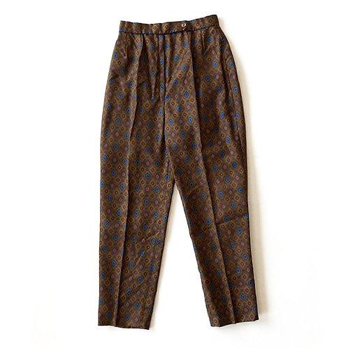 Pantalon confectionné main en soie de cravate