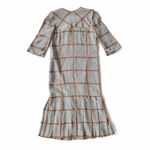 Robe en soie faite main dans un tissu Balenciaga