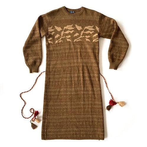 Robe en laine à écharpe coordonnée