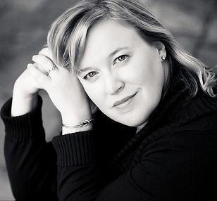 Jennifer Kane headshot