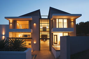 Phoenix residential window tinting photo of a modern home with window film