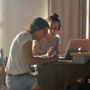 Adriana Amaral e Laura Zimmerman colaboram em obra audio-visual