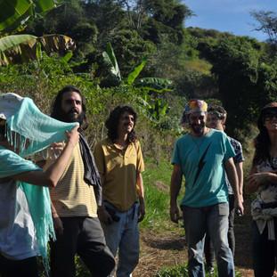 Atividade proposta por Evandro Machado (comunicação com apitos através da floresta)