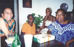 CT and sisters Gwen, Mildred and neice T
