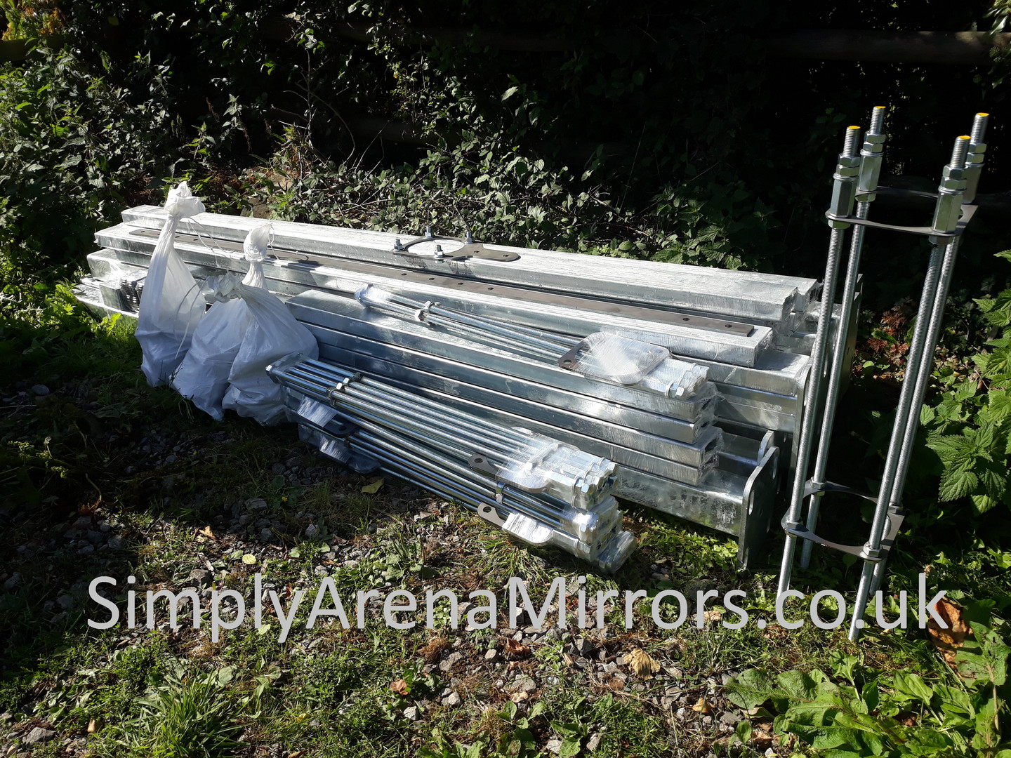 Installation kit for 9 mirrors
