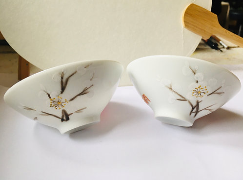 Small Chinese Porcelain Teacups Painting Workshop