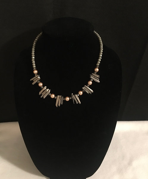 PEARL & GRAY STICK BEAD NECKLACE
