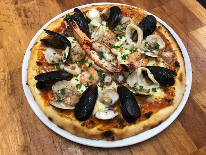 Die beste Meeresfrüchtepizza, die ihr je gegessen habt!