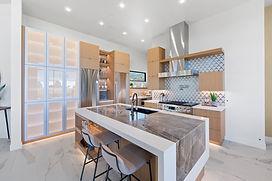 3.kitchen2.jpg