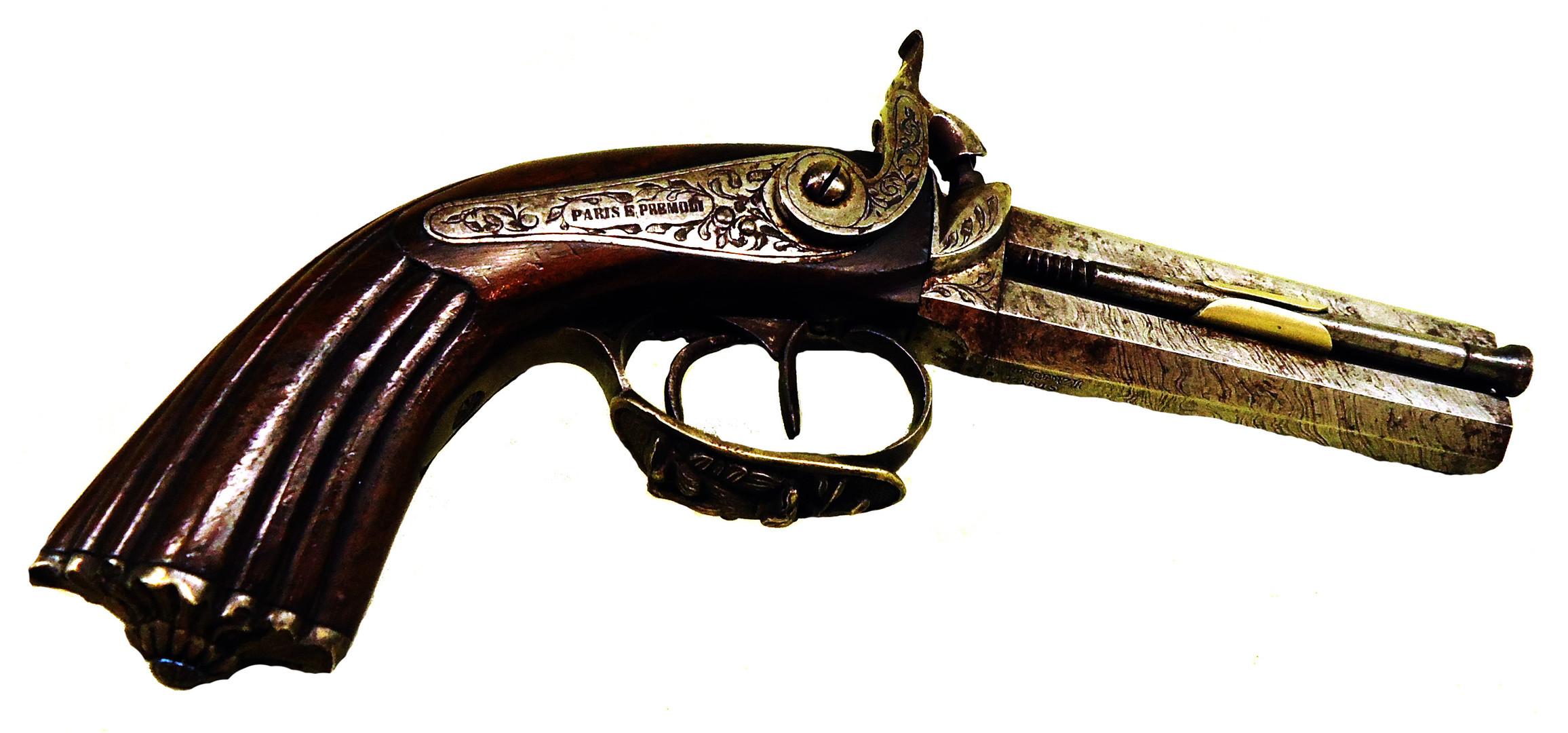 02. Pistola  PARIS E PREMOLI BRESCIA.jpg