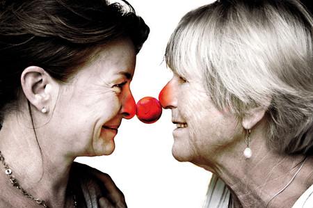 EINE GEHT NOCH Gisela Oechelhaeuser und Lina Wendel  Foto und Grafik: Peter Koppatsch