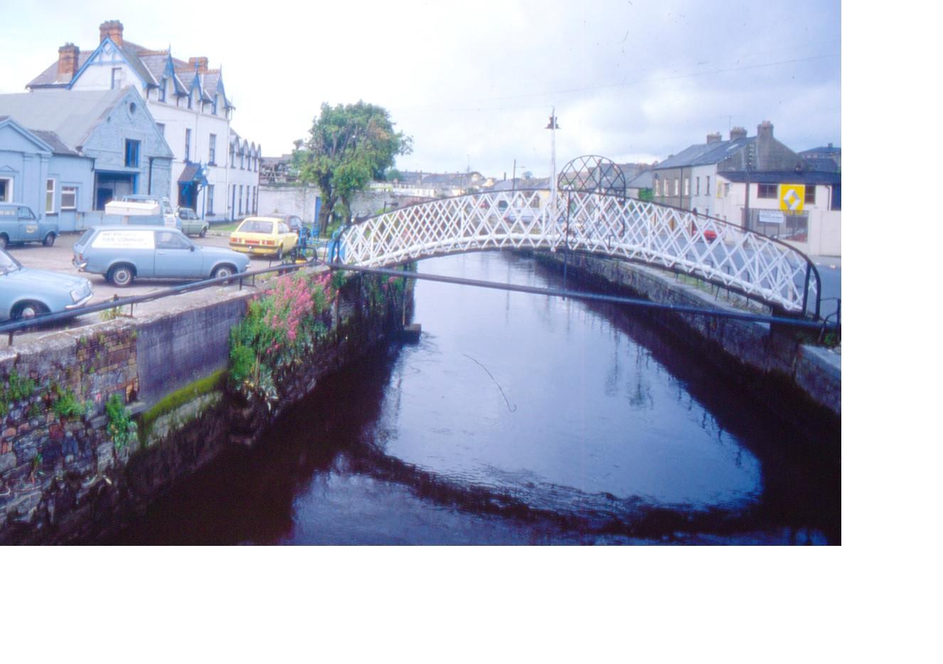 Gasworks bridge1.jpg