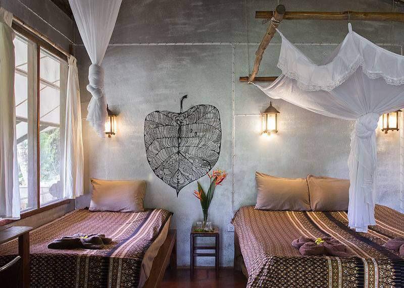 rivrside guestroom