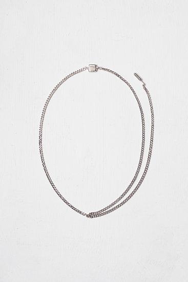 Fret necklace