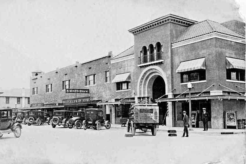 Richey-Suncoast-Theater-Late-1920s-4x6.j