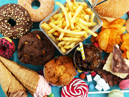 Government rolls out junk food ad ban