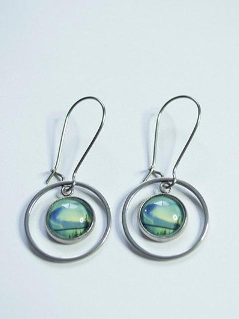 Small floating hoop earrings