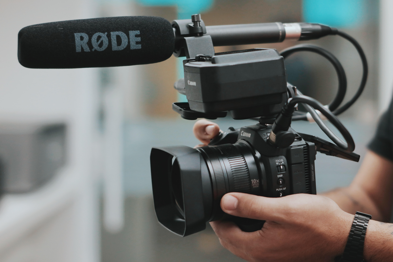 black-rode-camcorder-2170450