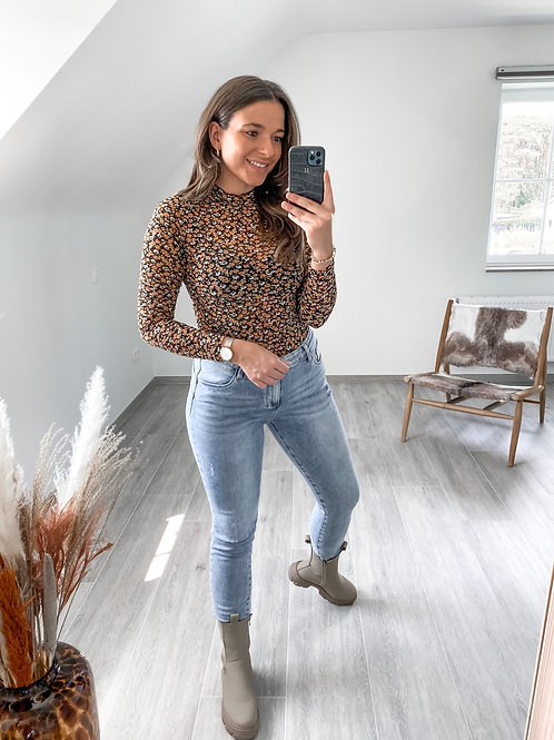 Jeans Ine