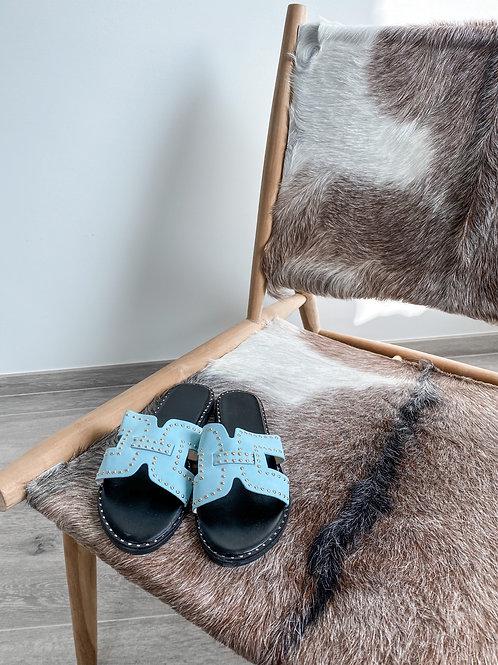 Blue stud slippers