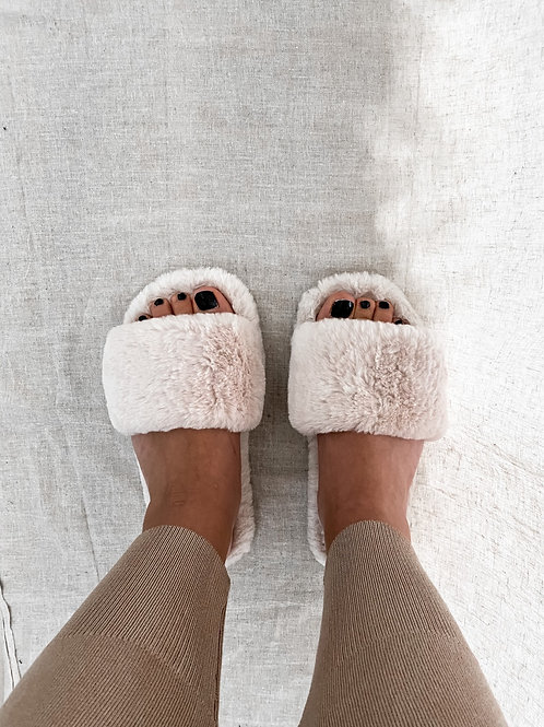 Comfy slippers beige