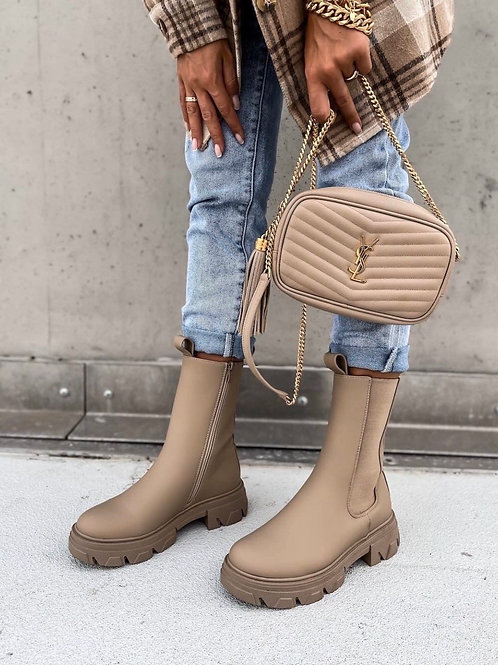 Chelsea trend boots