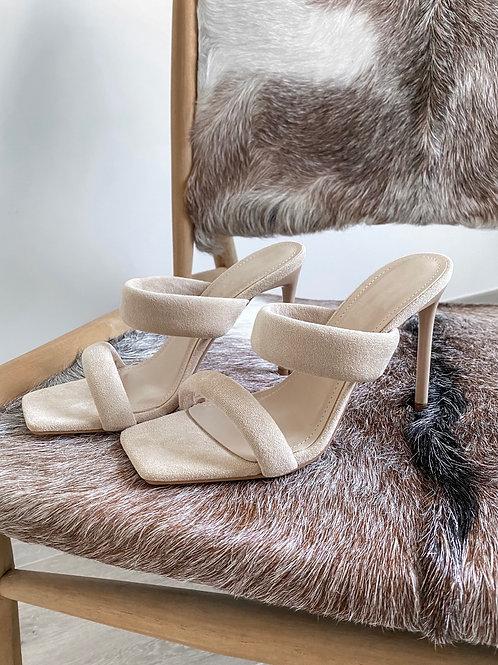 Suède heels