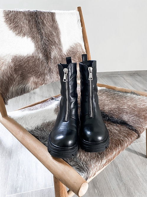 Zip boots Giselle