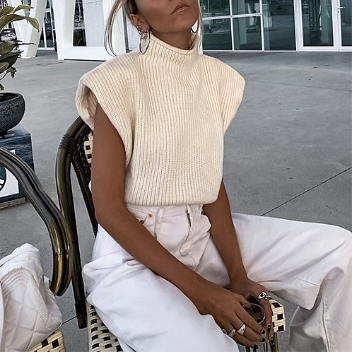 Shoulderpad knit top