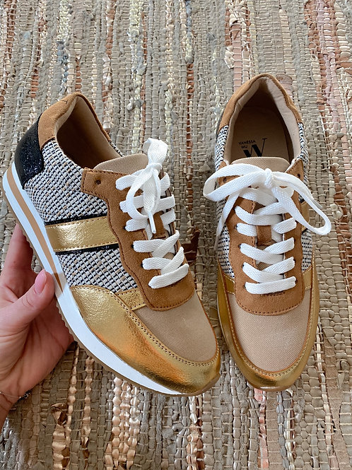 Camel/gold sneakers